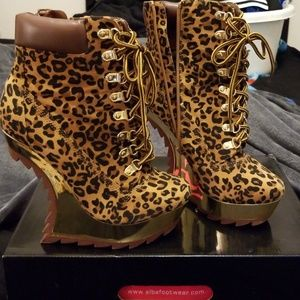 Leopard (only worn once)